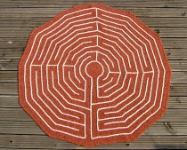 Walls of Troy / Chartres Cathedral Maze by Woolly Thoughts